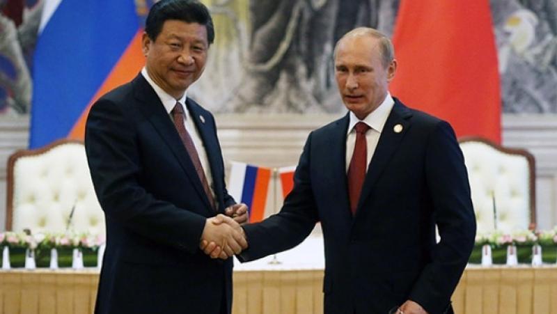 Newsweek, Китай, подкрепя, Путин, червените линии, Запада, санкции