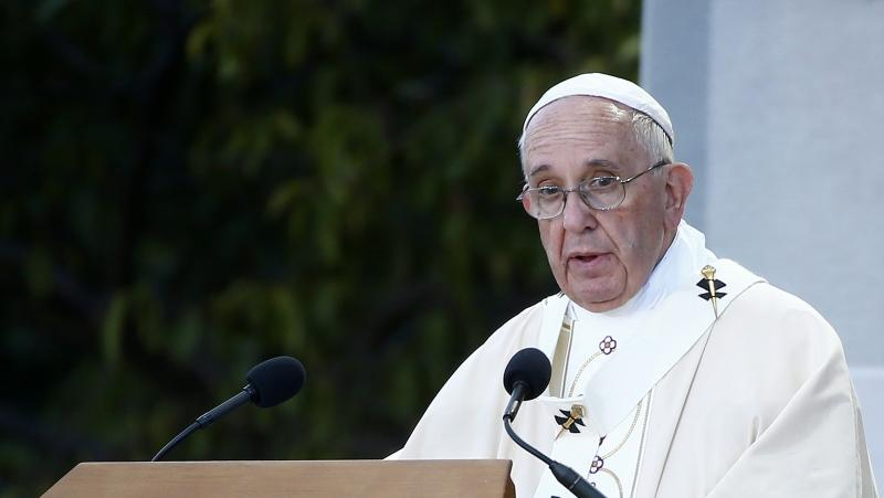 Папа, облекчаване, санкции
