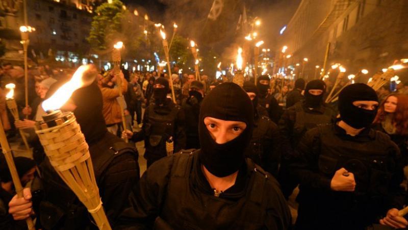 Украйна, нова година, факелно шествие, нацисти