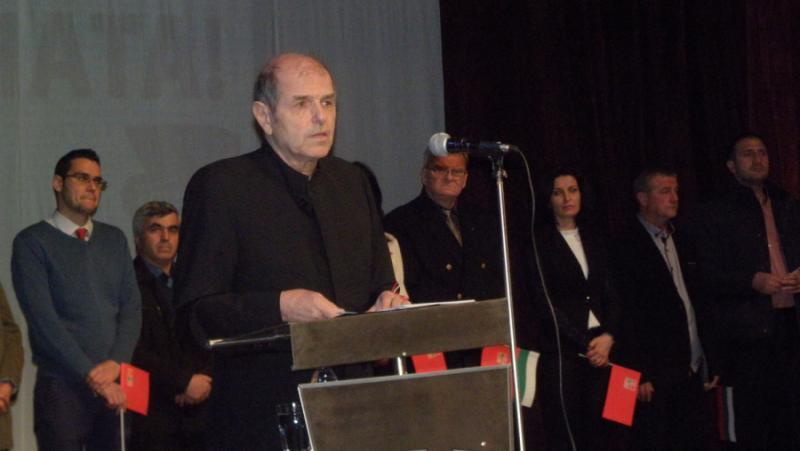 Тома Томов, България, погрешен курс