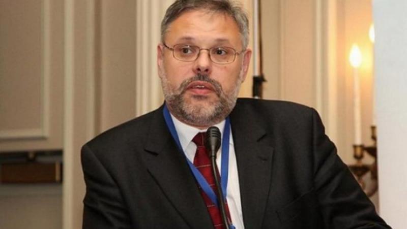 Михаил Хазин, вълшебния провал, либерали, Русия