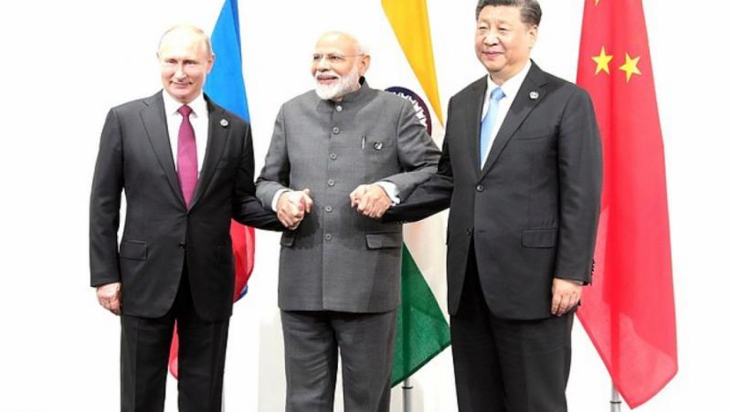 Индия, въвлече Русия, Китай