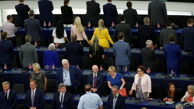 Депутати, обърнаха гръб, Европарламента