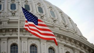 Конгрес, САЩ, пари, контрол, петрол, Сирия