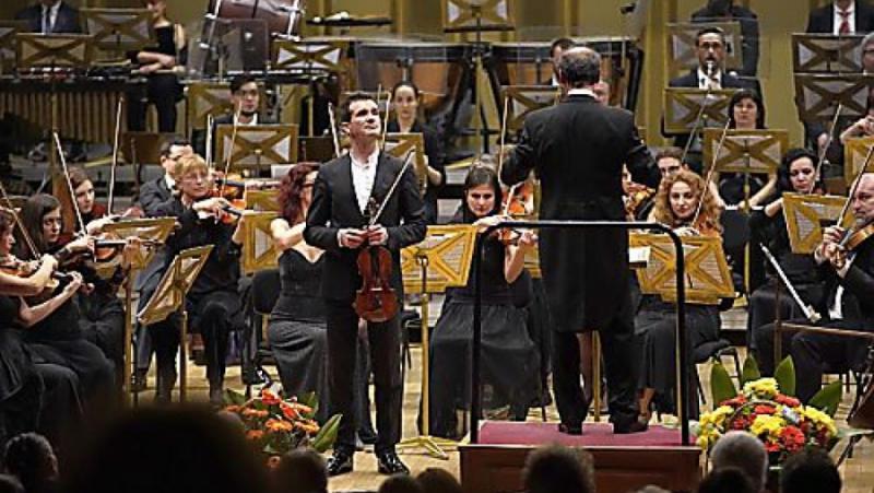 """Българските музикални фестивали, """"грижата"""", българска държава"""