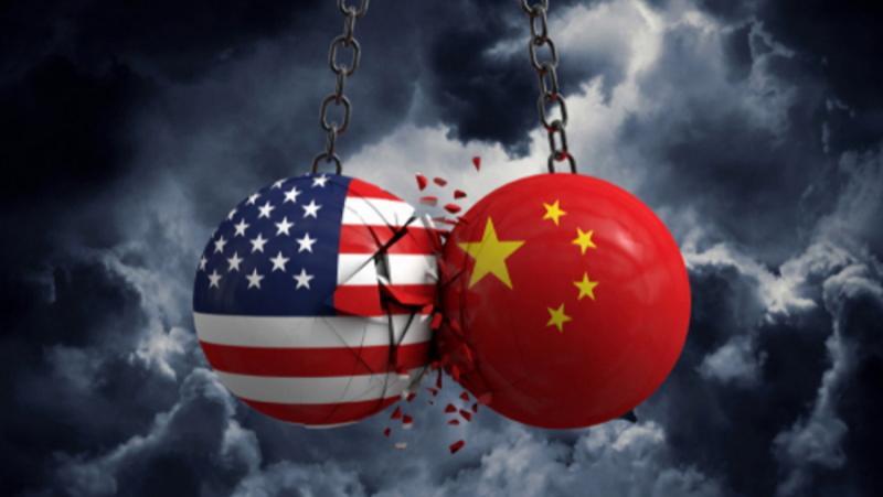 Два фронта, хибридна война, САЩ, Китай
