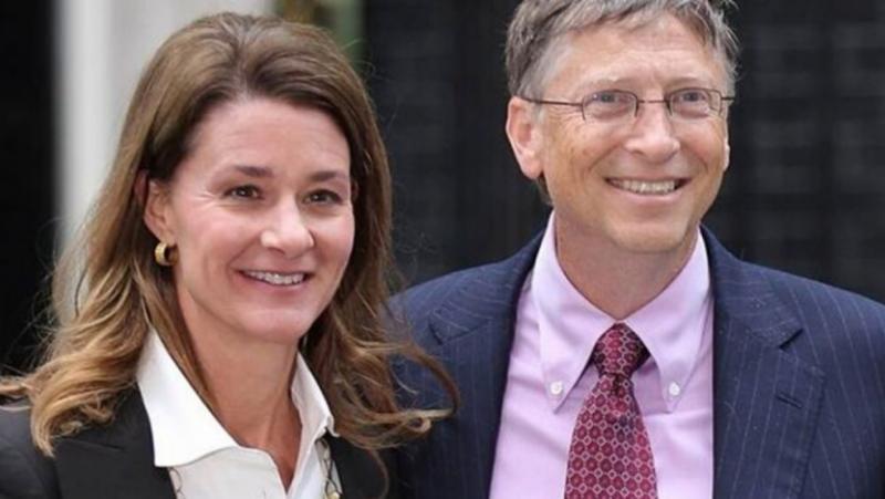 Ню Йорк Таймс, Бил Гейтс, преследва, служителка, Майкрософт, развод