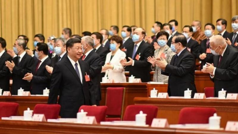 Китайски локомотив, световна икономика, набира скорост