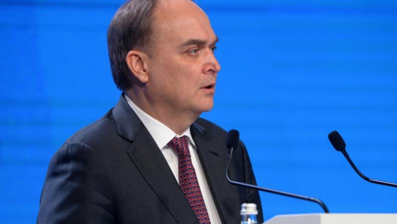 Руски посланик, обвинения, Москва ,помага, провокатори, американски безредици