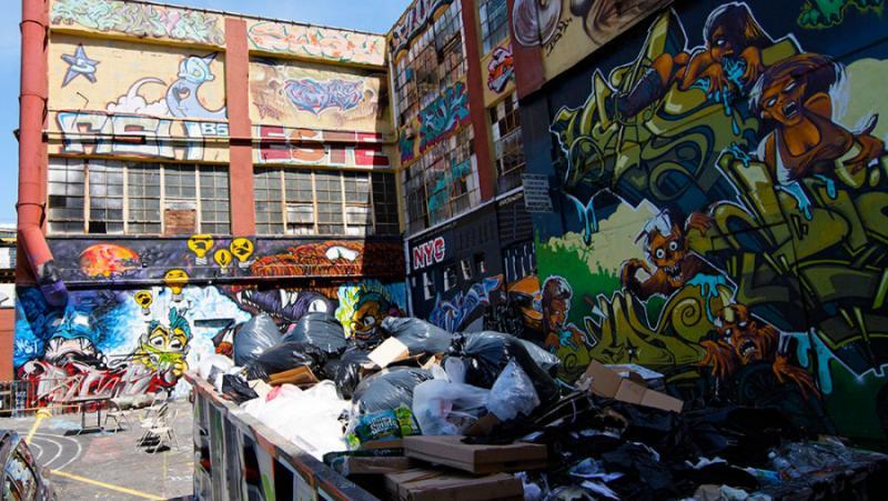 The Times, планини, боклуци, графити, вандализъм, британска природа , туристи