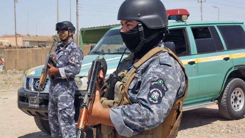 Иракска милиция, право, удар, американци