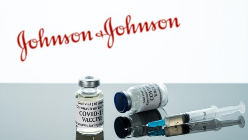 Си-Ен-Ен, федерални канали, здравеопазване, спиране, ваксина, Джонсън и Джонсън