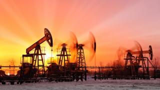 Oilprice, руска петролна индустрия, застрашена, зелен преход, запазва глобална позиция