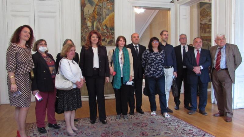 Български училища, Франция, вицепрезидент, Илияна Йотова