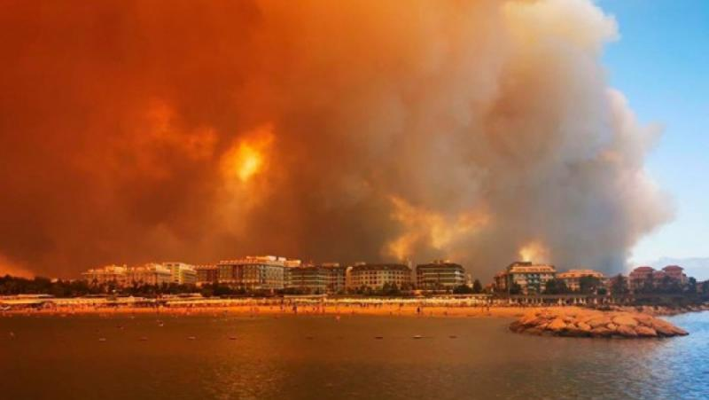 Курорти, Турция, запалени, пожари