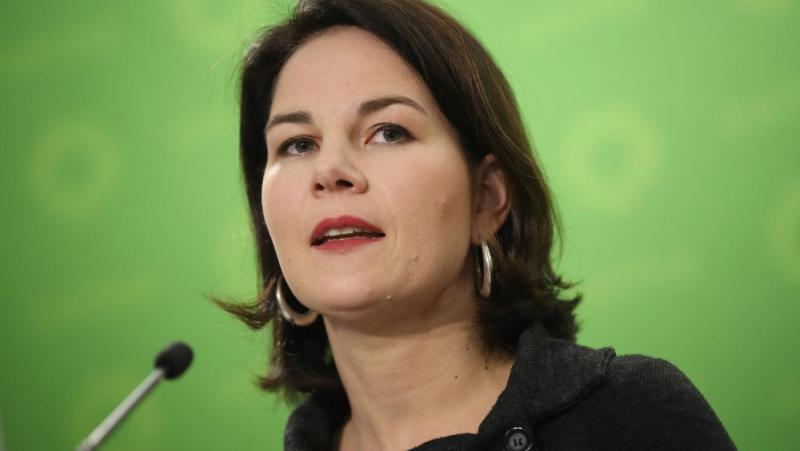 Die Welt, Кандидат, канцлер, Зелени, Бербок, разкритикува, Берлин, Москва