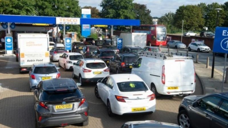 France 24, Великобритания, недостиг, бензин