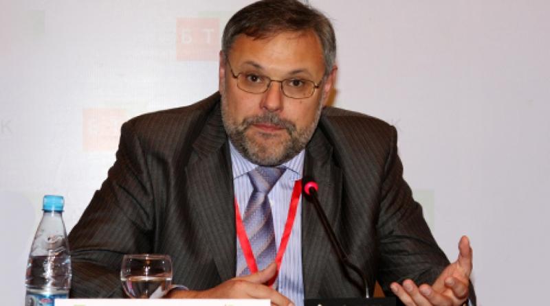Михаил Хазин, Финансисти, губят, контрол